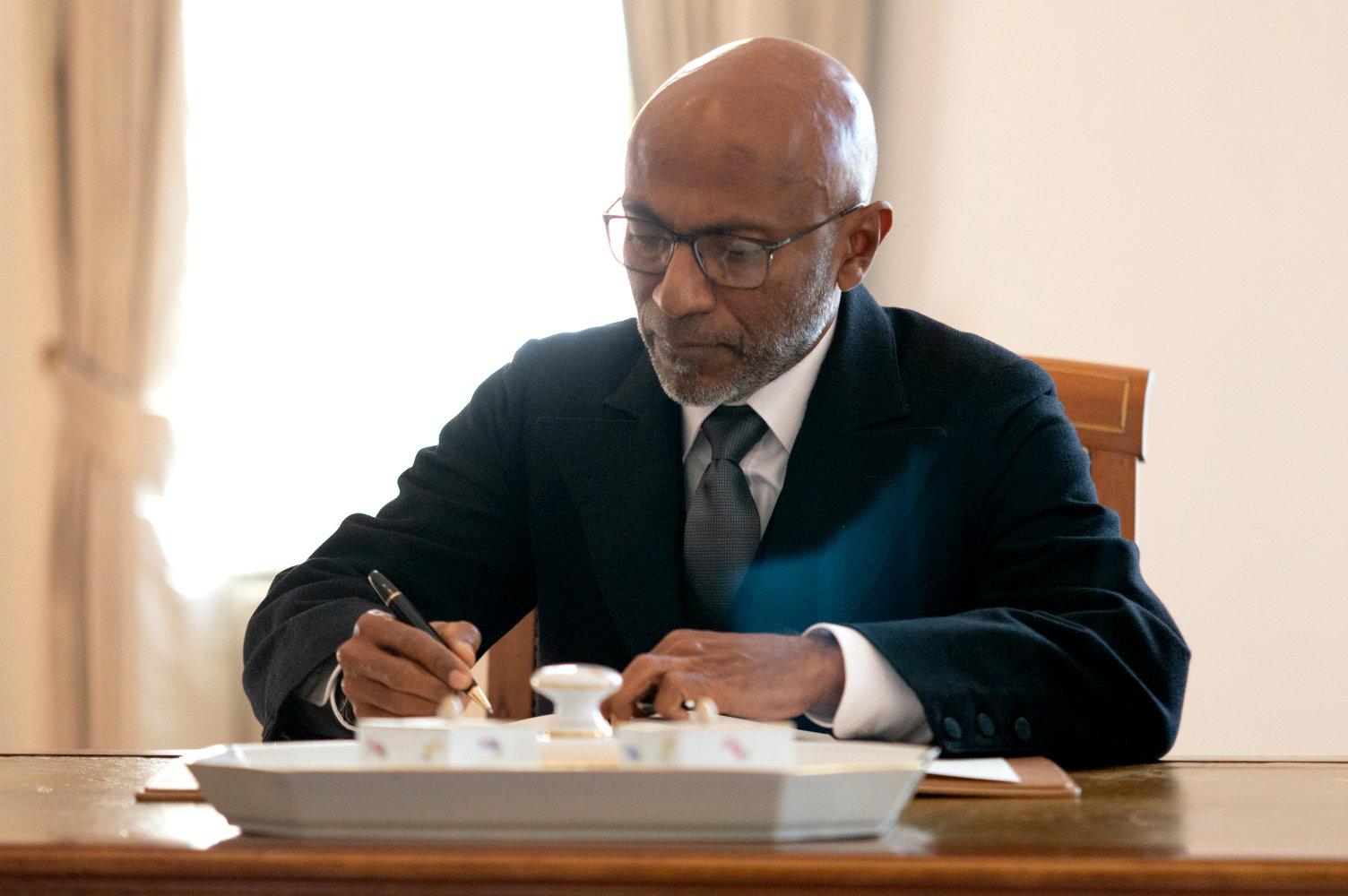 Botschafter akkreditiert Malediven Ahmed Latheef
