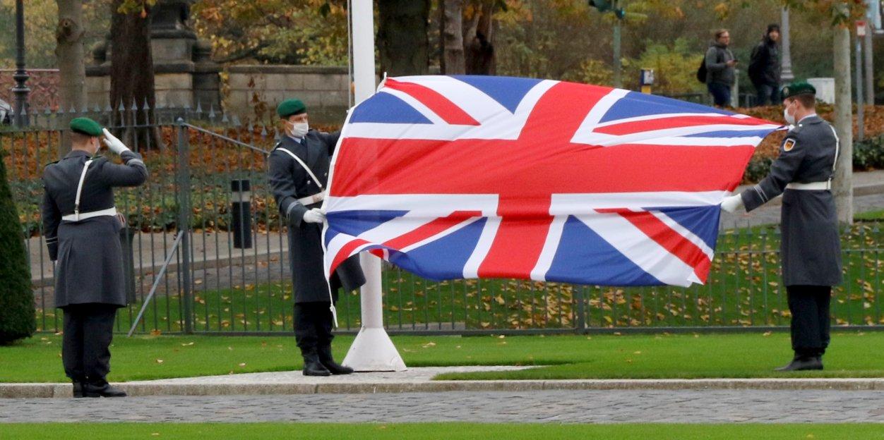 Botschafterin des Vereinigten Königreichs Großbritannien und Nordirland, Jill Gallard, bei Bundespräsident Frank-Walter Steinmeier im Schloss Bellevue akkreditiert