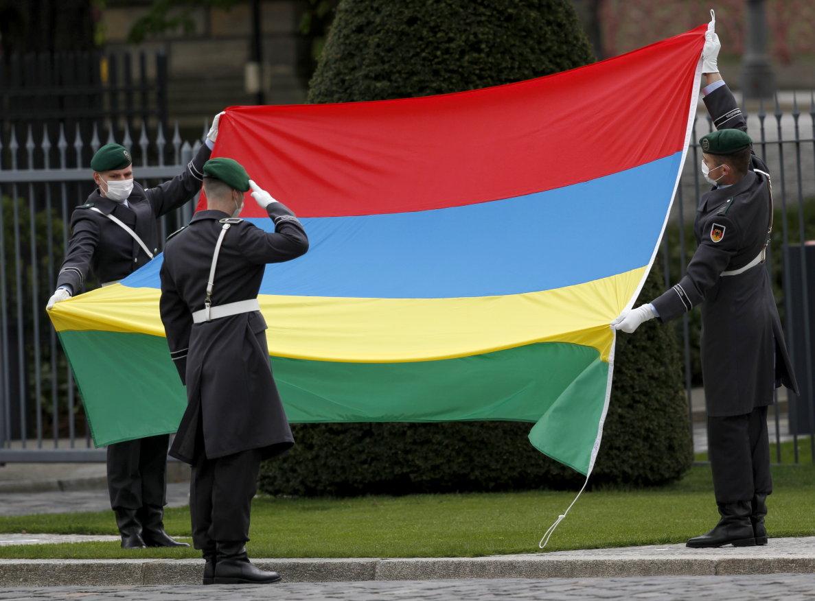 Botschafterin der Republik Mauritius, Christelle Sohun, bei Bundespräsident Frank-Walter Steinmeier im Schloss Bellevue akkreditiert