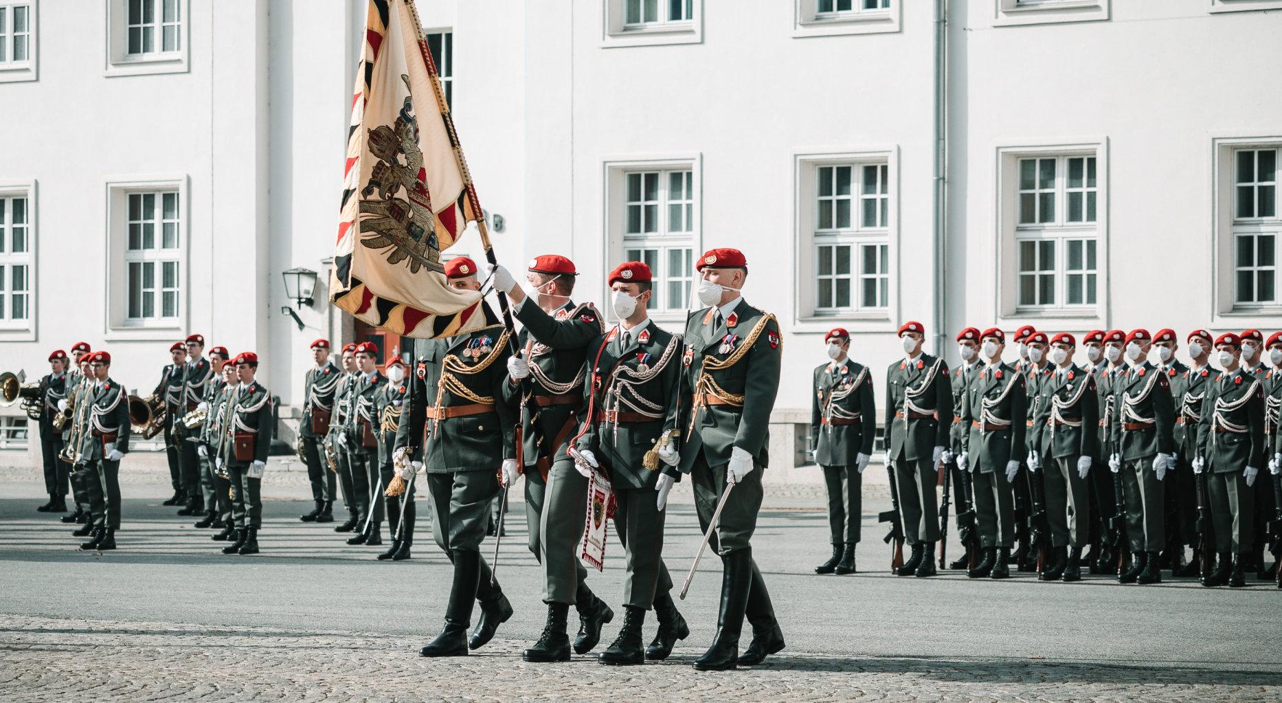 Garde Bundesheer Österreich Wien Maria-Theresien-Kaserne Angelobung am 25.02.2021