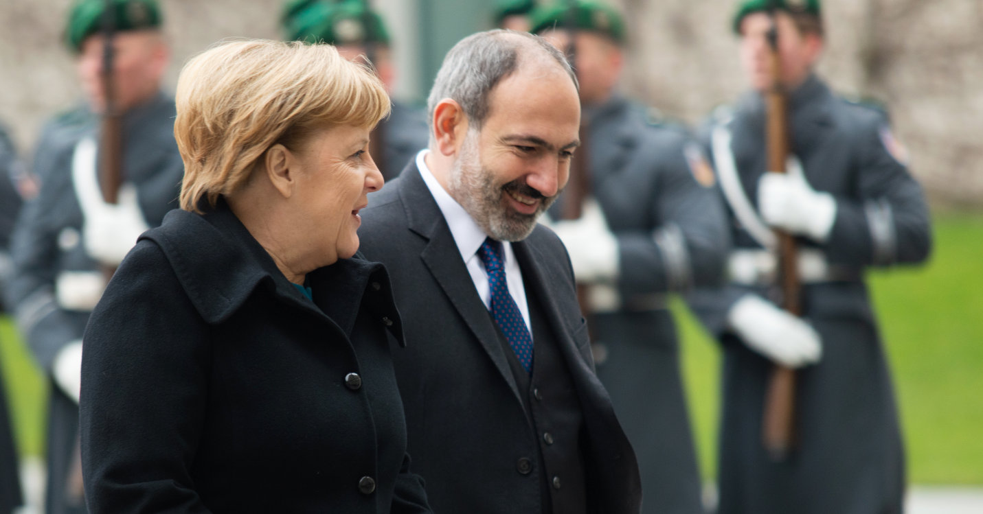 Armeniens Ministerpräsident Nikol Pashinyan Angela Merkel
