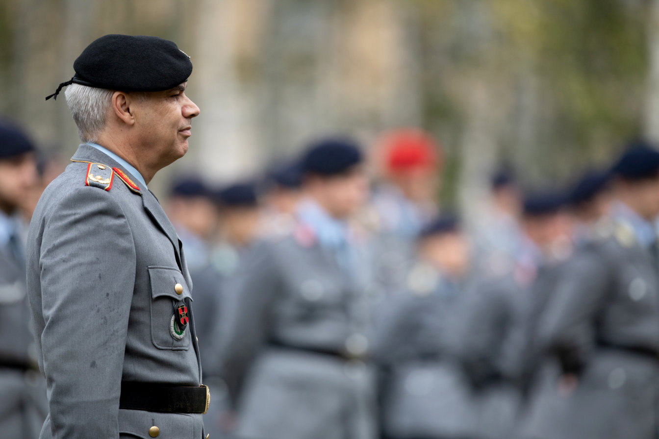 Kommandowechsel bei der Offizierschule des Heeres in Dresden Brigadegeneral Martin Hein